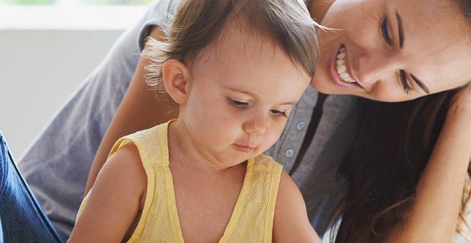 la garde d'enfants à domicile reste autorisée